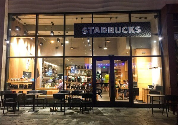 Starbucks Kuhio and Seaside店