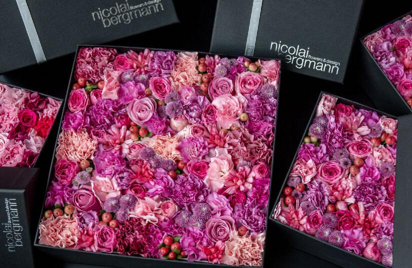 スタンプ12個目のプレゼントはニコライ・バーグマンの完全非売品のリザーブドフラワーボックス